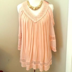 🌴🌴Summer Peach  HEARTLOOM SEXY SHOULDER BLOUSE
